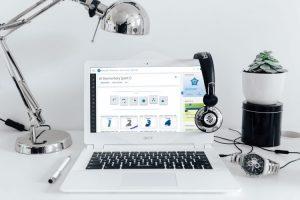 Listen-and-talk-virtual-classroom-courses